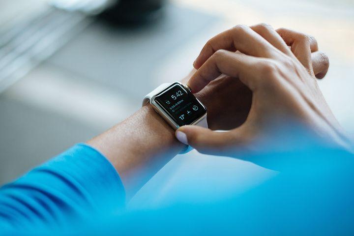 Choisir la meilleure montre connectée : comment s'y prendre